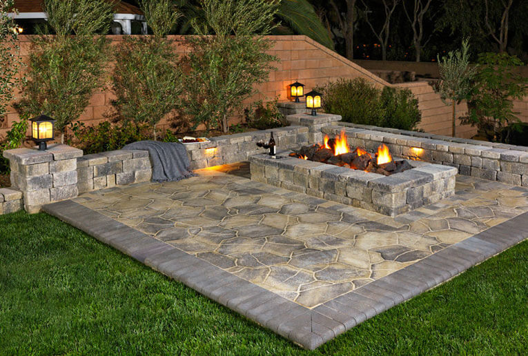 <span class='bert-condensed-b'>Pavilion I & II</span><br>Pavilion I & II in Adobe-Copper-Mocha installed in a random ashlar pattern. Border is Slate 6x9 Cream-Brown-Charcoal in a soldier course.<br>Related Links: <a href='https://www.angeluspavingstones.com/standard-collections/pavilion-i-ii/' rel='noopener' target='_blank'>Pavilion I & II</a>,  <a href='https://www.angeluspavingstones.com/standard-collections/slate-stone-combo/' rel='noopener' target='_blank'>Slate Stone</a><br>